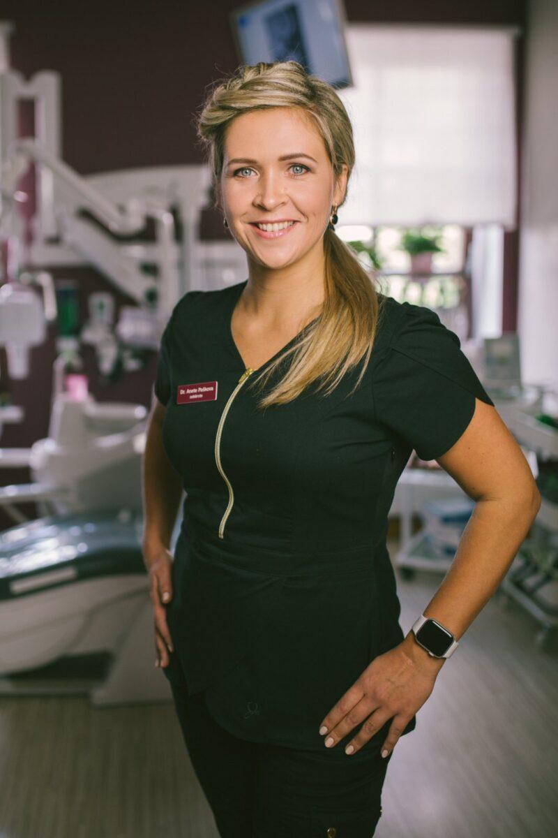 Dr. Anete Paškova